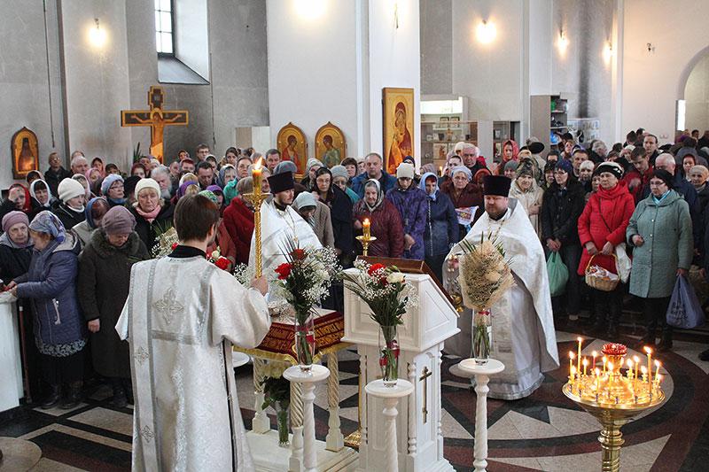 Богослужения Великой Субботы и Благовещения 2018