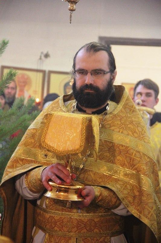 В клир собора переведен иерей Роман Иванов